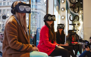Shoppers witness an exclusive event in Topshop's marketing for VR