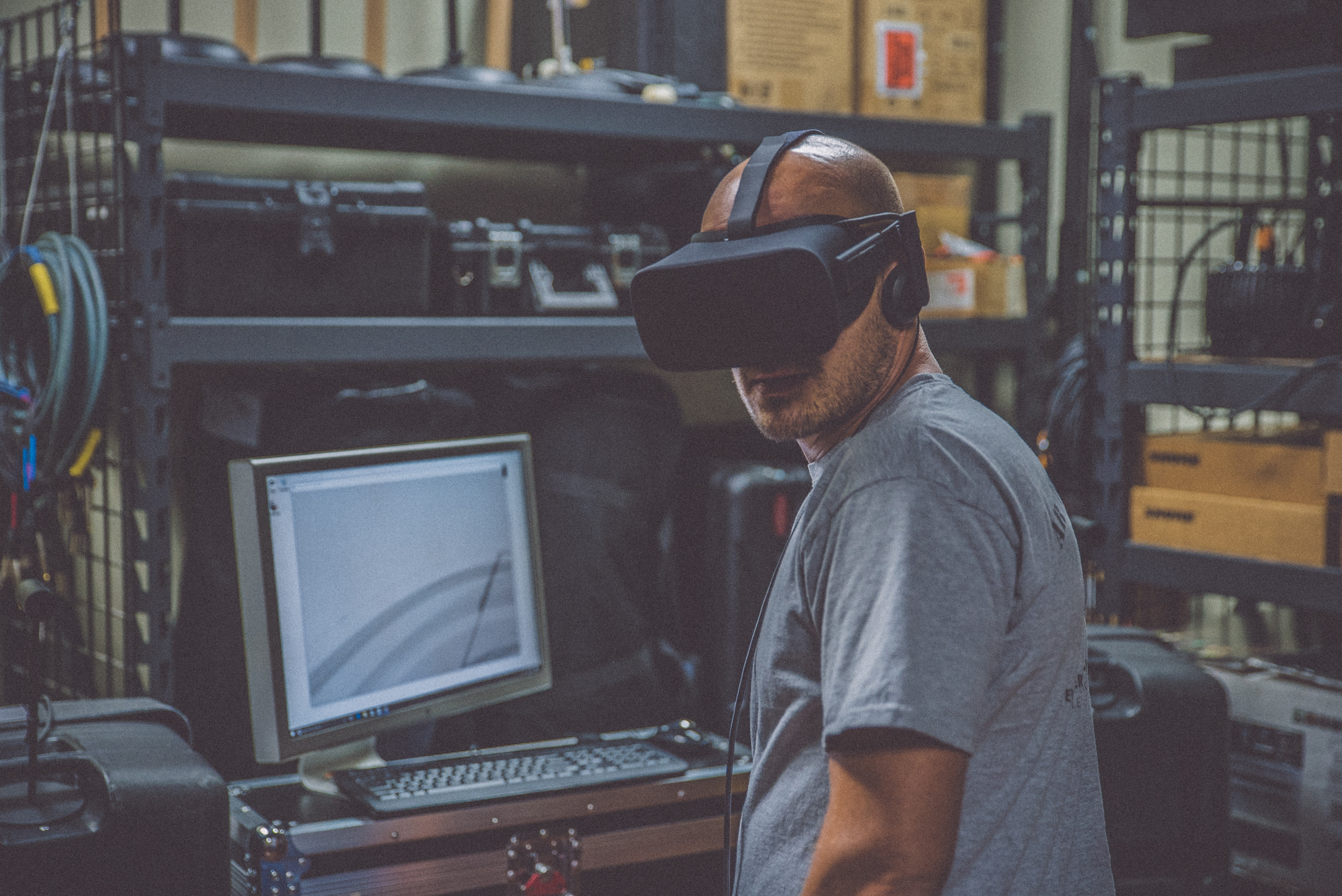 Read more about the article Charlie Fink Writes About VR Training Next Generation of Workers