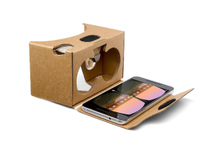 Mobile virtual reality goggles still show the original design theory that was created in 1838