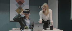 Presentation using VR